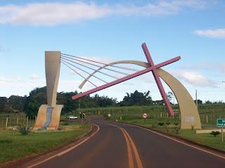 Portal da cidade de Santa Cruz do Rio Pardo