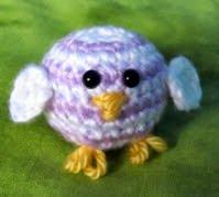 http://translate.googleusercontent.com/translate_c?depth=1&hl=es&rurl=translate.google.es&sl=en&tl=es&u=http://squirrelpicnic.com/2014/04/18/baby-rainbow-chick-crochet-pattern/&usg=ALkJrhjkwd4csYEiX-lacpCcn6ZyUYC0lw