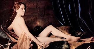 Julianne Moore Nude On Bed