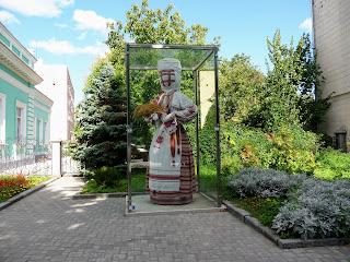 Житомир. Большая Бердичевская ул., 61. Бывший особняк Филиппова. 1903 г. Кукла-оберег