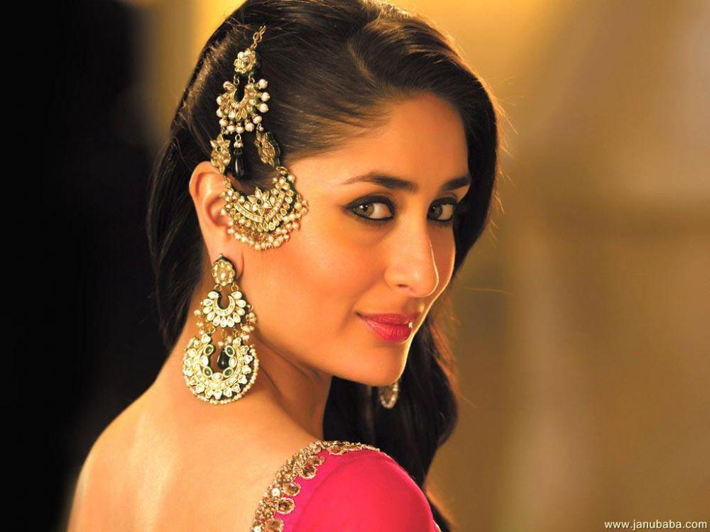 aksessoris cantik wanita india