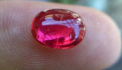Batu Merah Delima yang Berkhasiat Luar Biasa