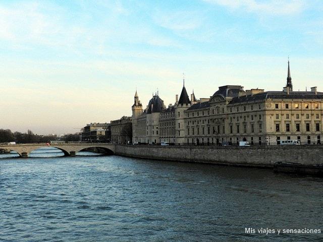 Vistas desde el Pont Neuf, París