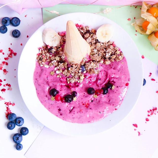 Berry, Smoothie, Banana, breakfast, dessert, lunch, granola quick, healthy, recipe, trending, unicorn, pretty, cute, instaworthy