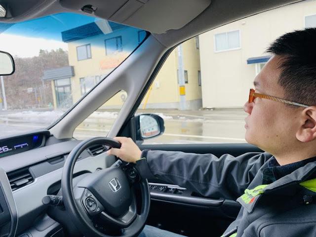 日本雪地駕駛