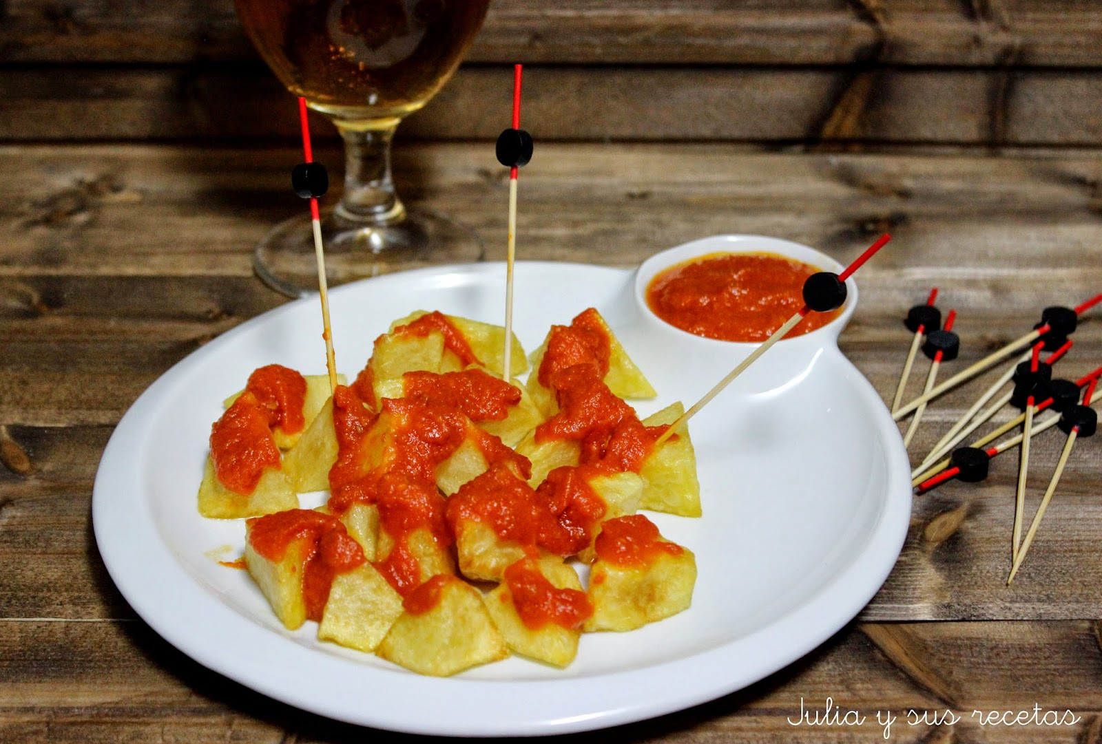 Patatas bravas. Julia y sus recetas
