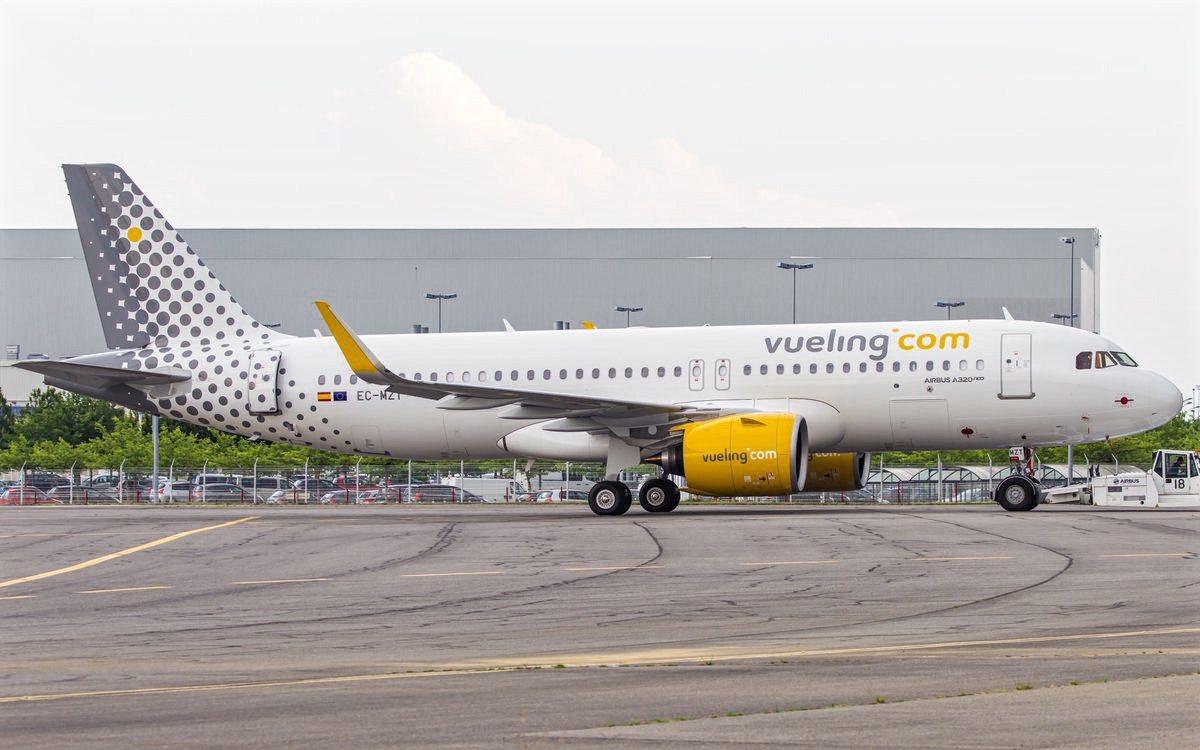 Airbus A320neo Vueling December 2018 Delivery