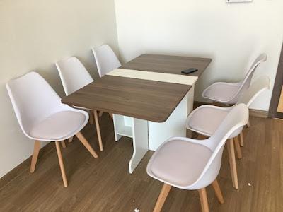 Phòng ăn vô cùng ấn tượng với mẫu bàn ghế ăn màu nâu trắng 1