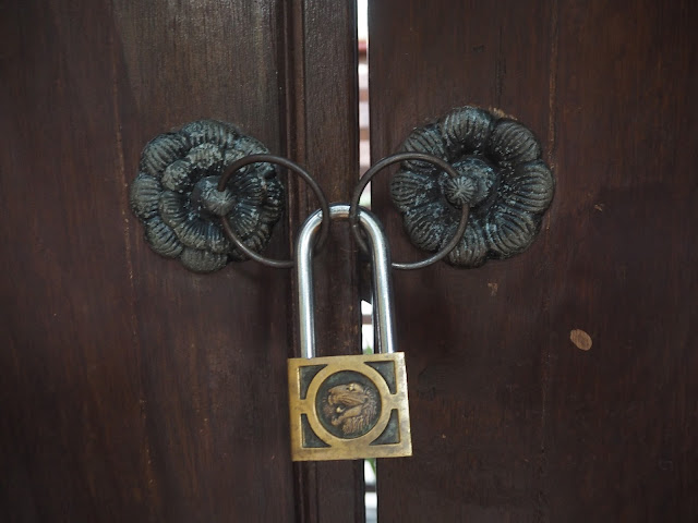 ubud village resort lock