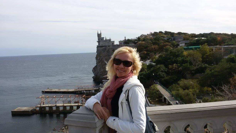 Сепарша, напавшая на бойца АТО с молотком, повесилась в СИЗО