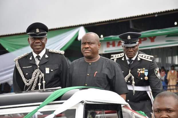 Wike and wife French kiss at Independence Day celebrations in Rivers