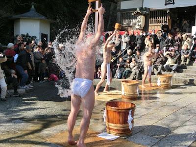 龍口寺の水行