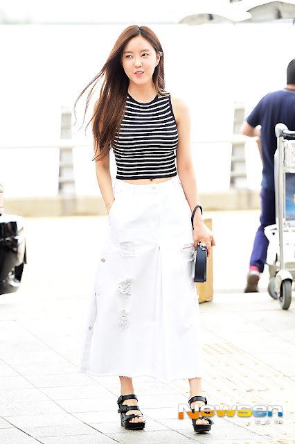 Steal Her Look: TARA Hyomin's Stripe and Culotte Pants