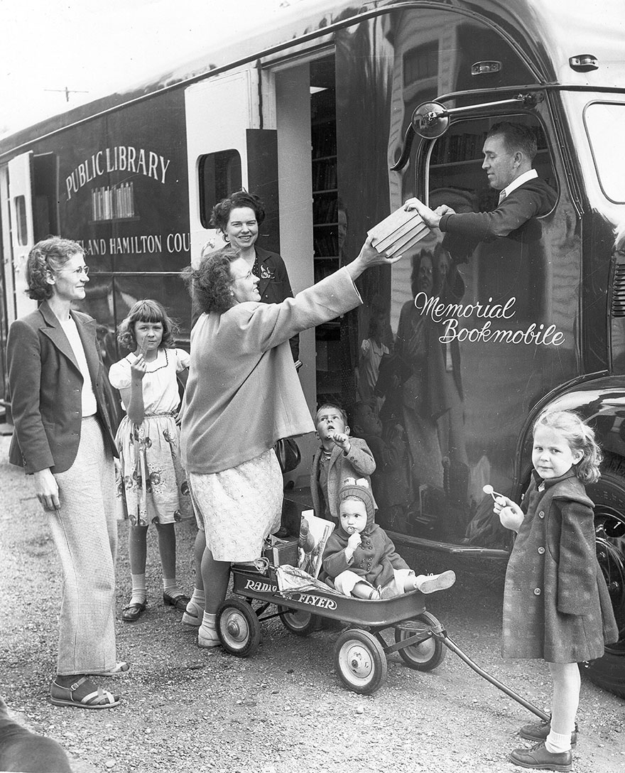Before Amazon, We Had Bookmobiles 15+ Rare Photos Of Libraries-On-Wheels - One Of The Library Bookmobiles, C. 1948.
