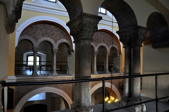 Romański kościół w Kościelcu Proszowickim - empora
