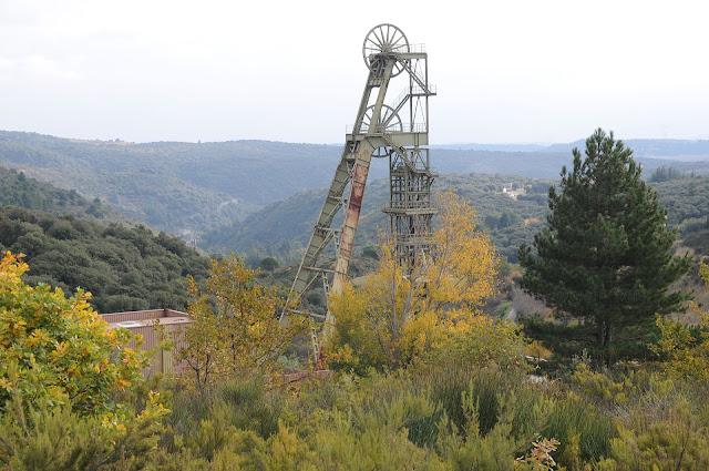 Chevalement du puits Castan