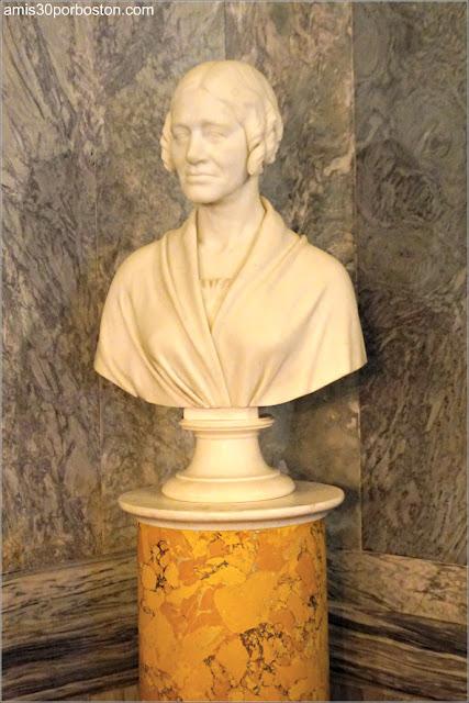 Busto de Sofia Vanderbilt en la Sala de Billar de la Mansión The Breakers, Newport