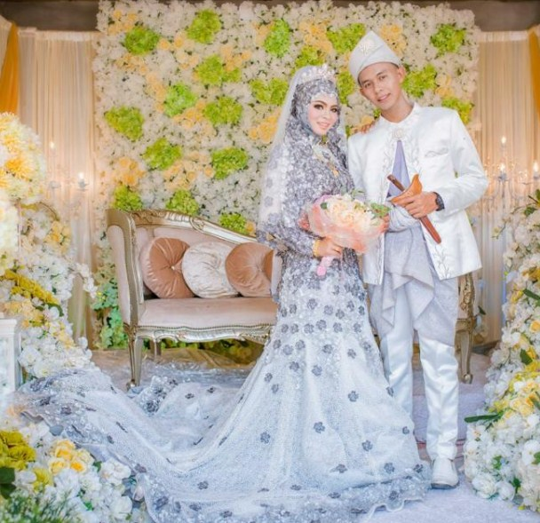 So, bagi yang akan melaksanakan pernikahan baju pengantin muslim 2017 ...