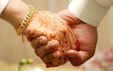 Le mariage, l'autre bataille des religieux pour le contrôle des femmes