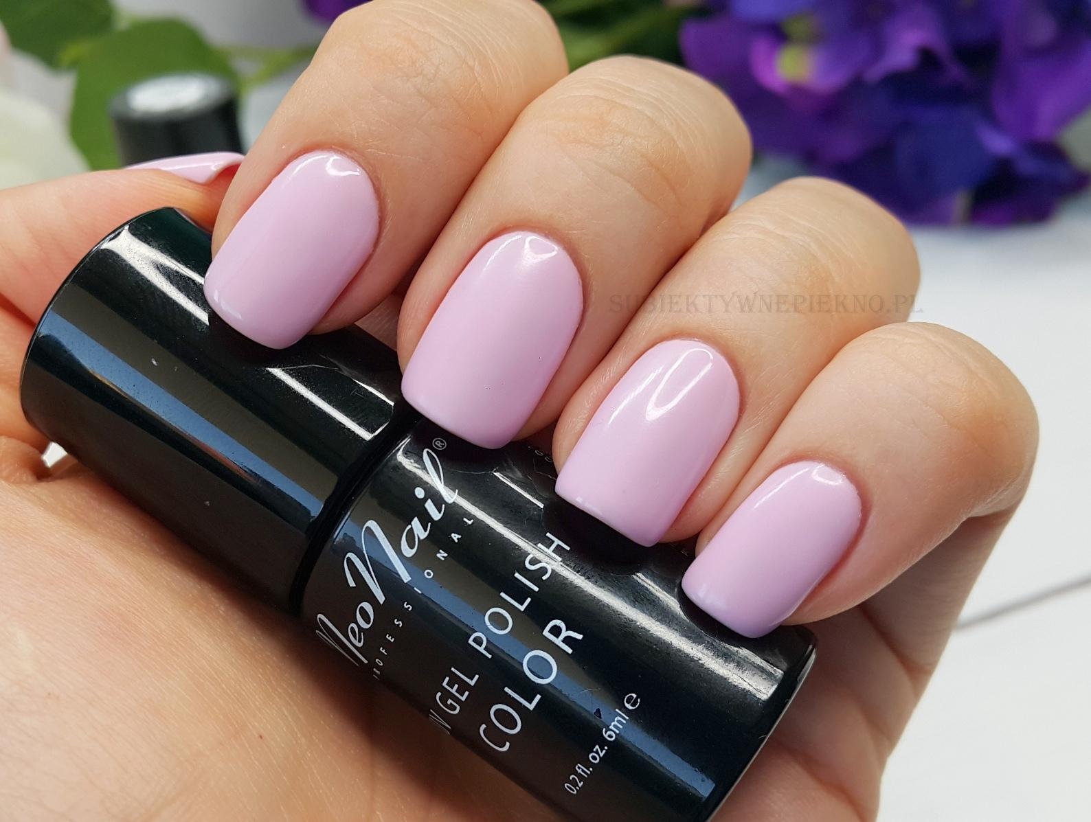 Lakier hybrydowy Light Lavender NeoNail 3193 na paznokciach