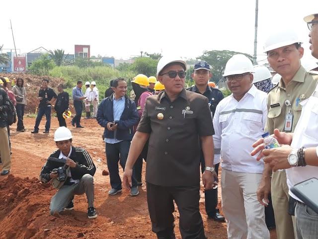 Walikota Tinjau Pembangunan Alun-Alun Depok