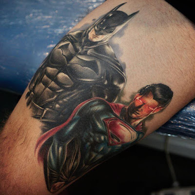Tatuaje Batman vs Superman