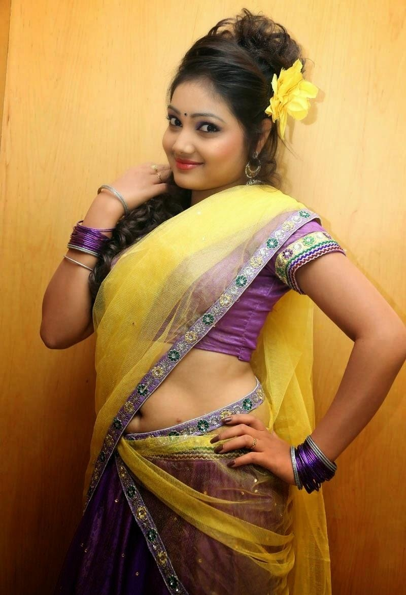 Telugu Tv Anchor Priyanka Navel Show In Half Saree Gallery