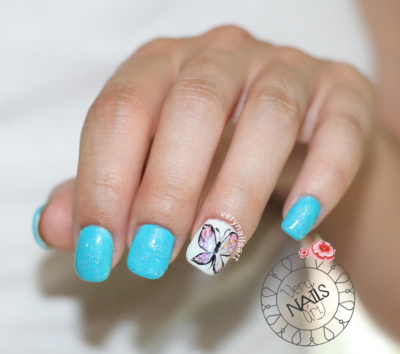 Uñas decoradas con cristales rotos y polvos de sirena | VeryNailsArt ...