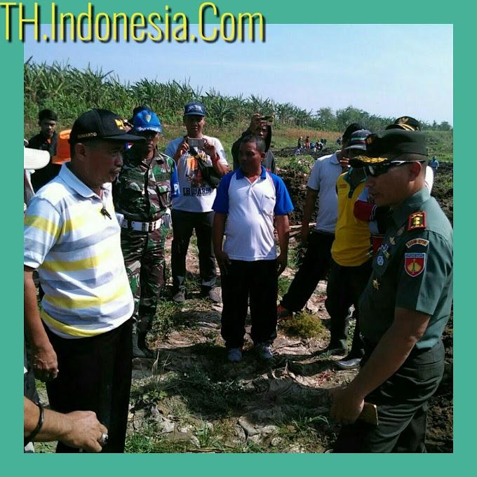 Dandim 0718 Pati Terjun  Langsung Guna Mengatasi Kekeringan Masa Tanam di Wilayah Kabupaten Pati