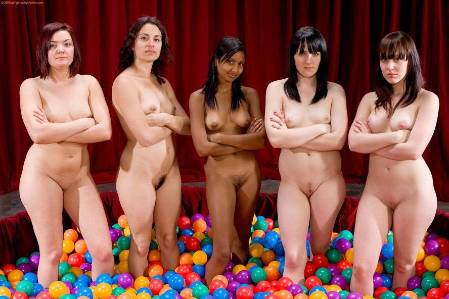 Pictures Of Naked Wimen 20