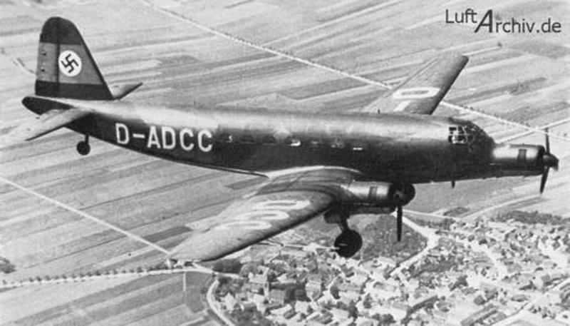 Junkers Ju 252 worldwartwo.filminspector.com