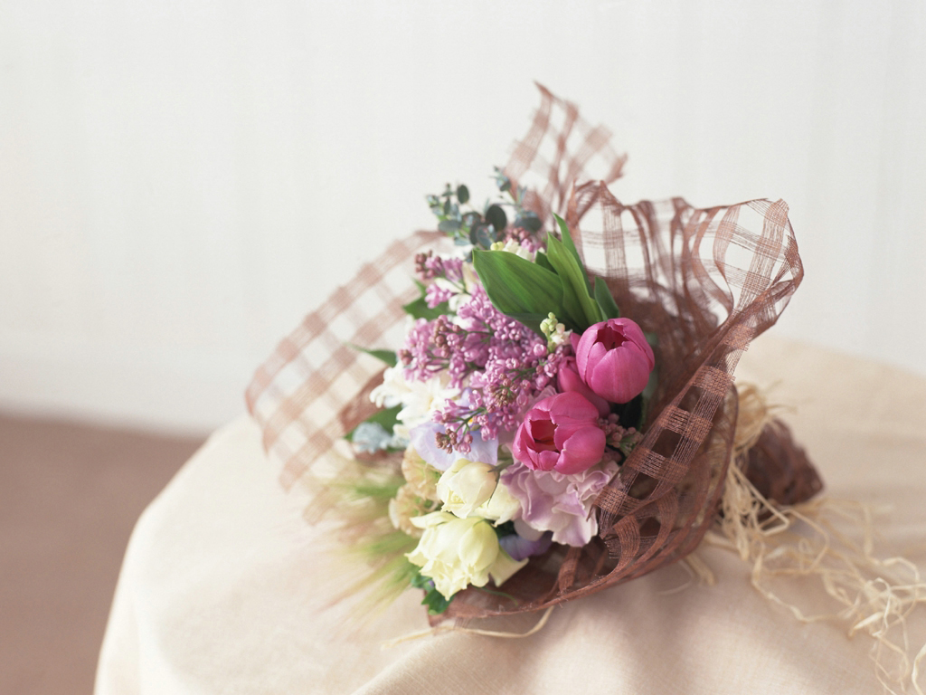 Beautiful Flower Wallpapers For You: Flowers Bouquet Wallpaper