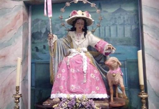 La utilización del color rosa en las vestimentas de las imagenes marianas de Córdoba
