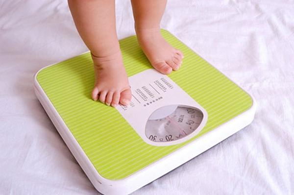 Dinh dưỡng- nguyên nhân khiến trẻ nhẹ cân