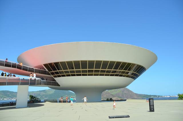 MAC - Museu de Arte Contemporânea, obra de Oscar Niemeyer