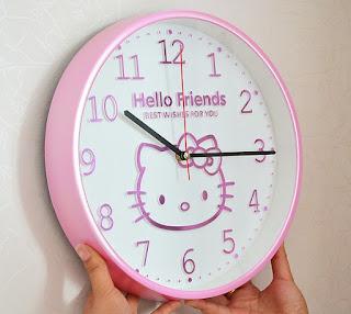 Gambar Jam Dinding Hello Kitty 1