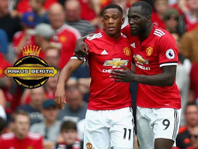 Neville 'Banyak Hal Positif Yang Keluar Dari Manchester United'