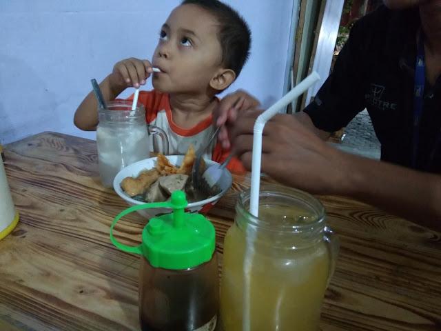 Kuliner Gresik- Bakso Beranak Cabang Simo Gunung Surabaya