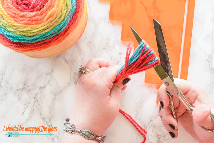 The Easiest Way to Make a Tassel | Use this easy method to make fast (and pretty) work of tassels.
