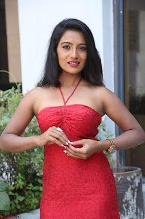 Mamatha sizzles in red Gown at Katrina Karina Madhyalo Kamal Haasan movie Launch event 187.JPG