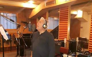 Ο Πασχάλης Τερζής στο στούντιο