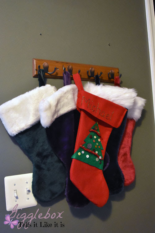 Hanging Christmas Stockings Without A Mantel Gigglebox Tells It