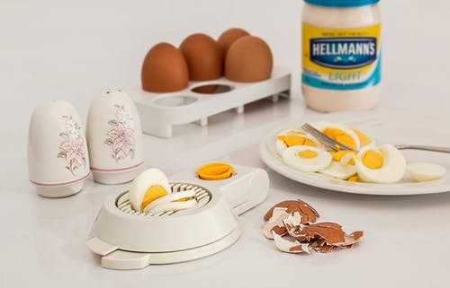 Learn about the benefits and disadvantages of eggs