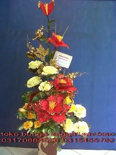 bouquet bunga meja artificial toko bunga surabaya, toko bunga online surabaya, toko bunga murah surabaya, karangan bunga surabaya, florist surabaya, florist di surabaya, florist surabaya murah, florist online surabaya