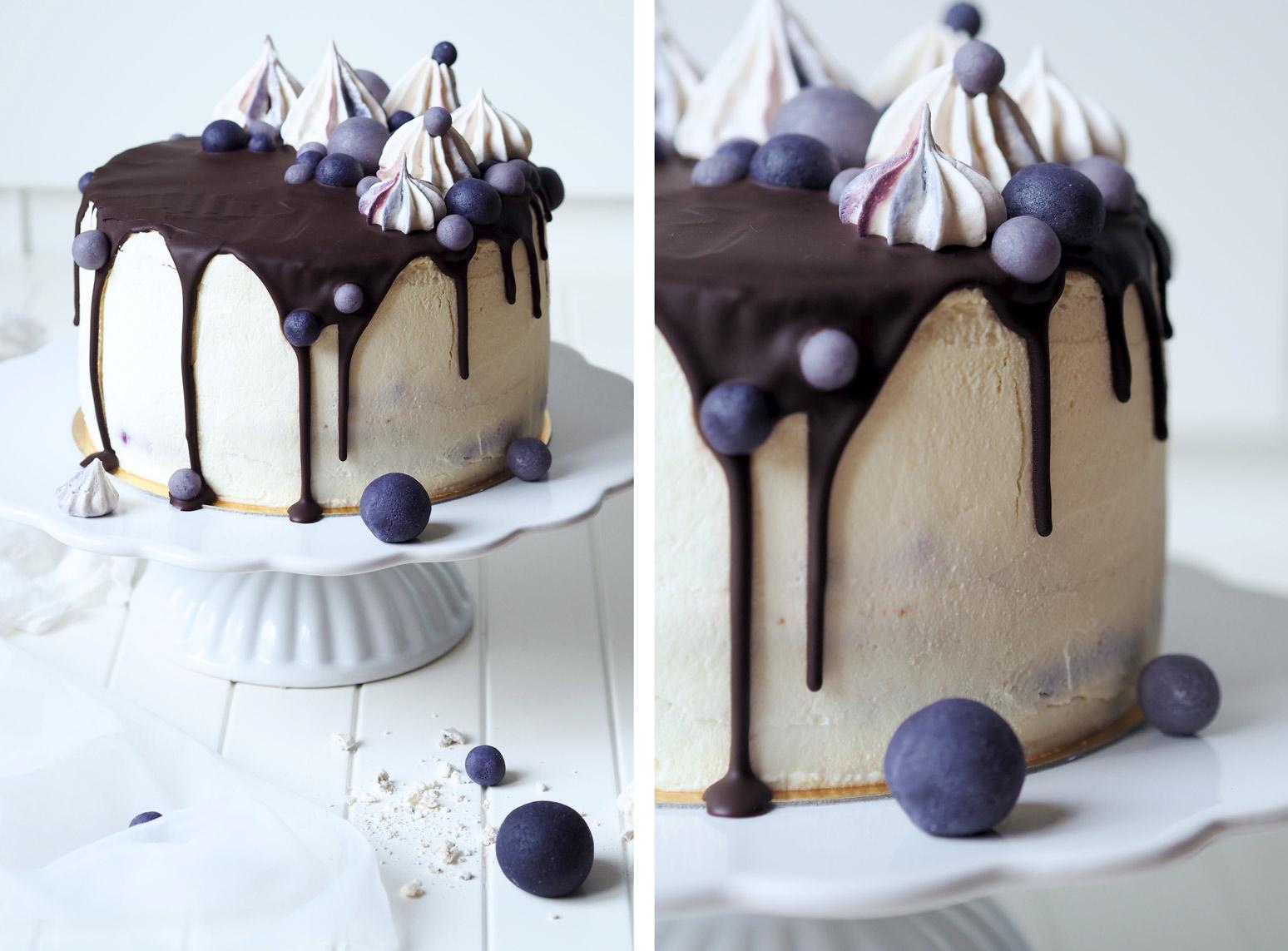 malý dort k narozeninám Kitchen And The City : VANILKOVÝ DORT S BORŮVKAMI malý dort k narozeninám