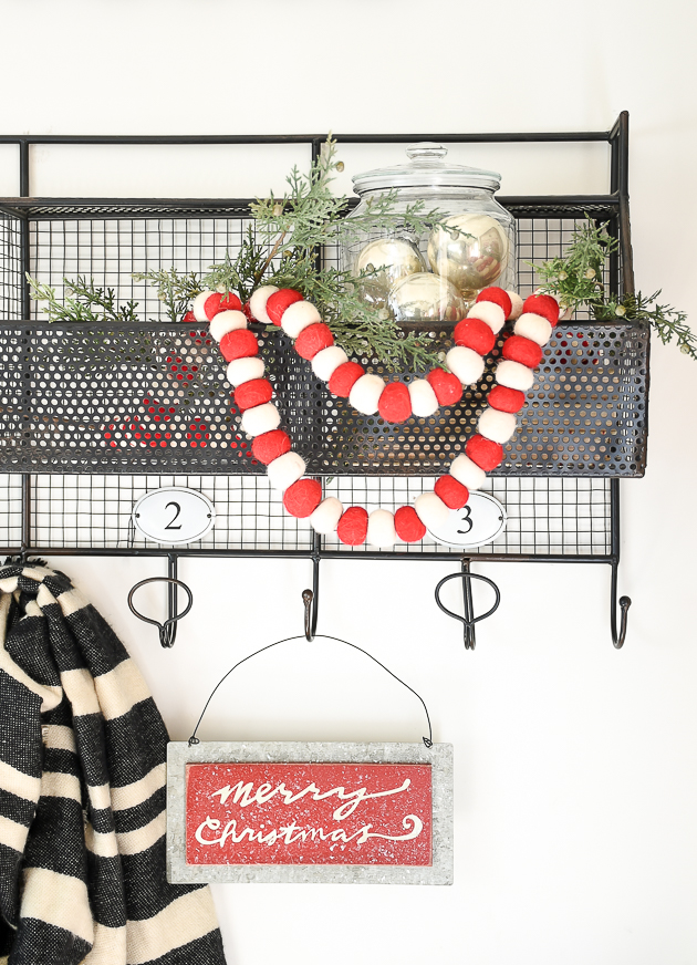 Christmas home tour, christmas, modern farmhouse, holiday home , Classic christmas, mudroom, merry christmas