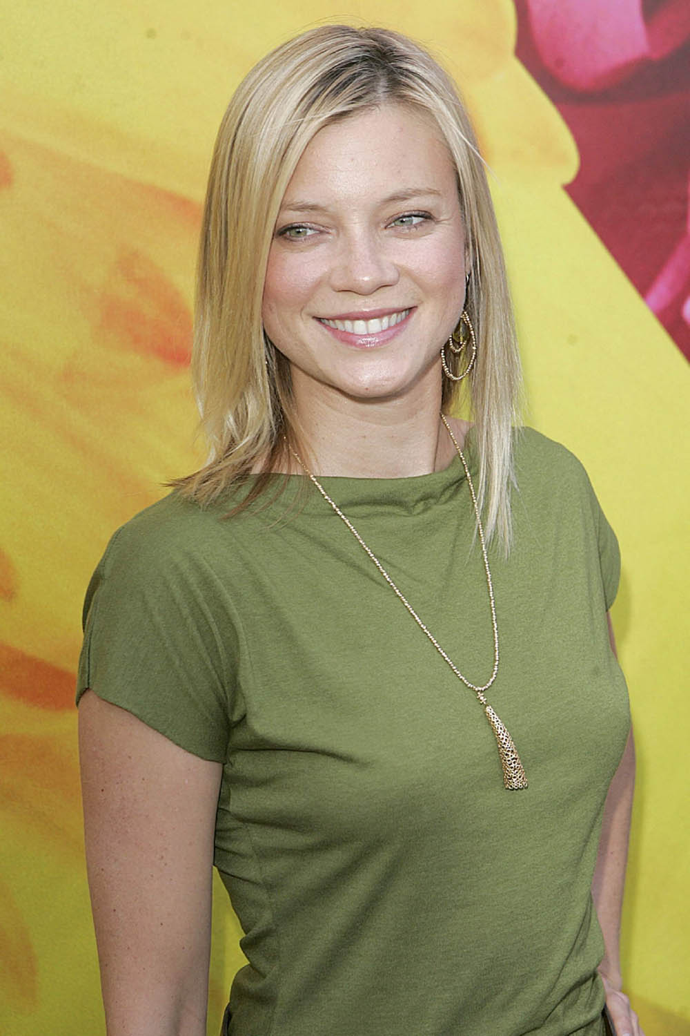 Amy Smart Picture Gallery 2012