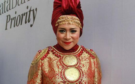 artis Cantik Indonesia yang Jalani Operasi Keperawanan Hingga Besarkan Payudara