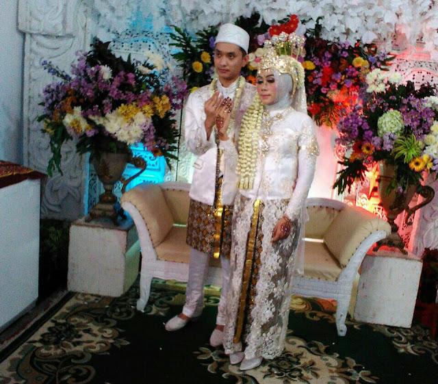Menikah Adalah Jurus Ampuh Bagi Dua Insan yang Saling Jatuh Cinta