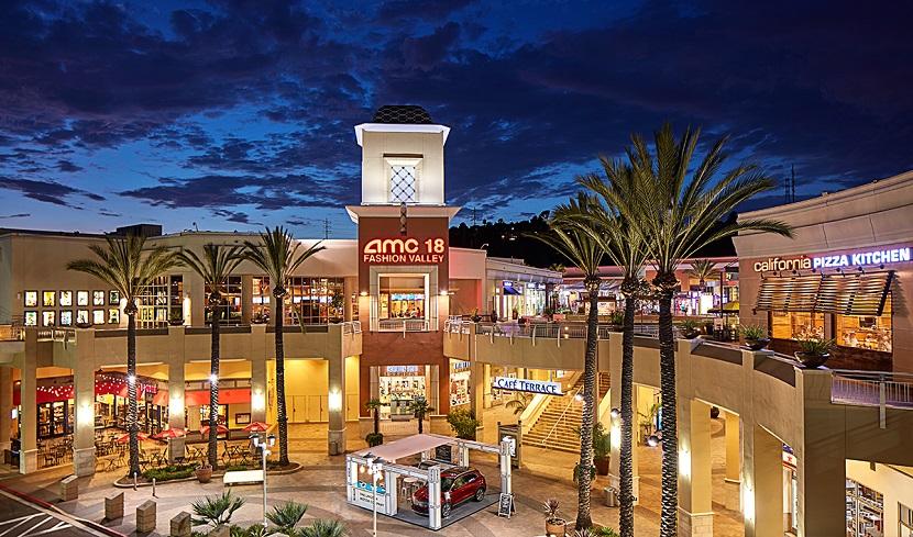 527c244f308 Compra de relógios no Shopping Fashion Valley Mall em San Diego